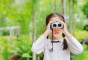 Los 7 mejores prismáticos para niños