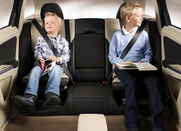 Los mejores alzadores para niños en el coche