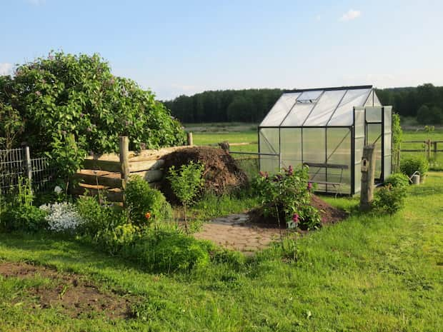Invernadero para el jardín de casa barato